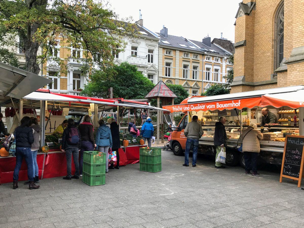 2 Stände Stadt-Land.Markt